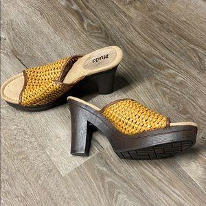Mudd heels